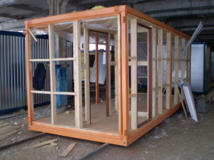 Усиленный каркас блок-контейнера (выдерживает установку в 2-3 этажа)